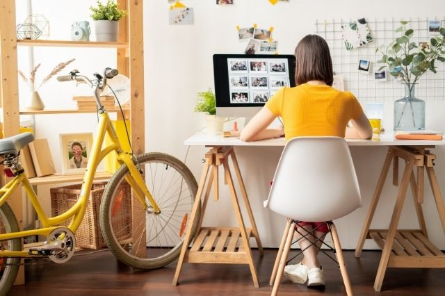 How To Make Your Home Office a More Productive Space