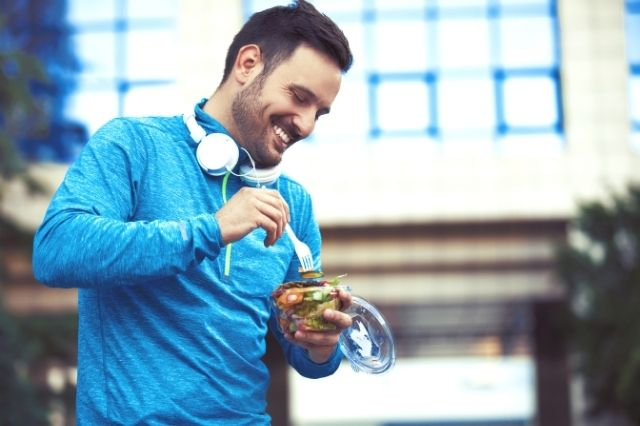 How Mindful Eating Leads To Healthy Living
